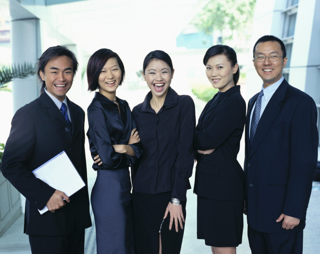 what to wear to business meetings in singapore